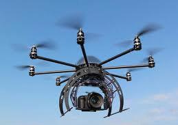 Robot aéreo (octocopter) con cámára profesional